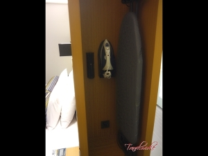 Guestroom11_AloftKL