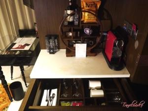 MiraMoon_Guestroom15